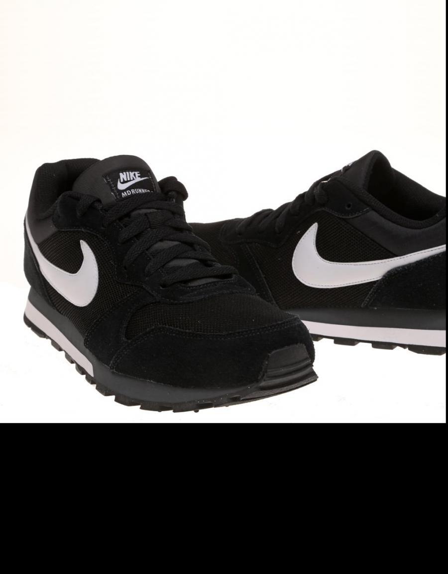 Zapatilla Negra Nike Md Runner 2