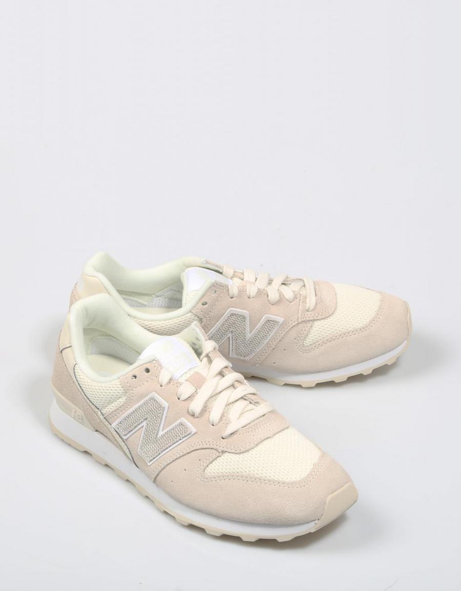 New Balance Wr 996, zapatillas Beige Serraje   65793   OFERTA