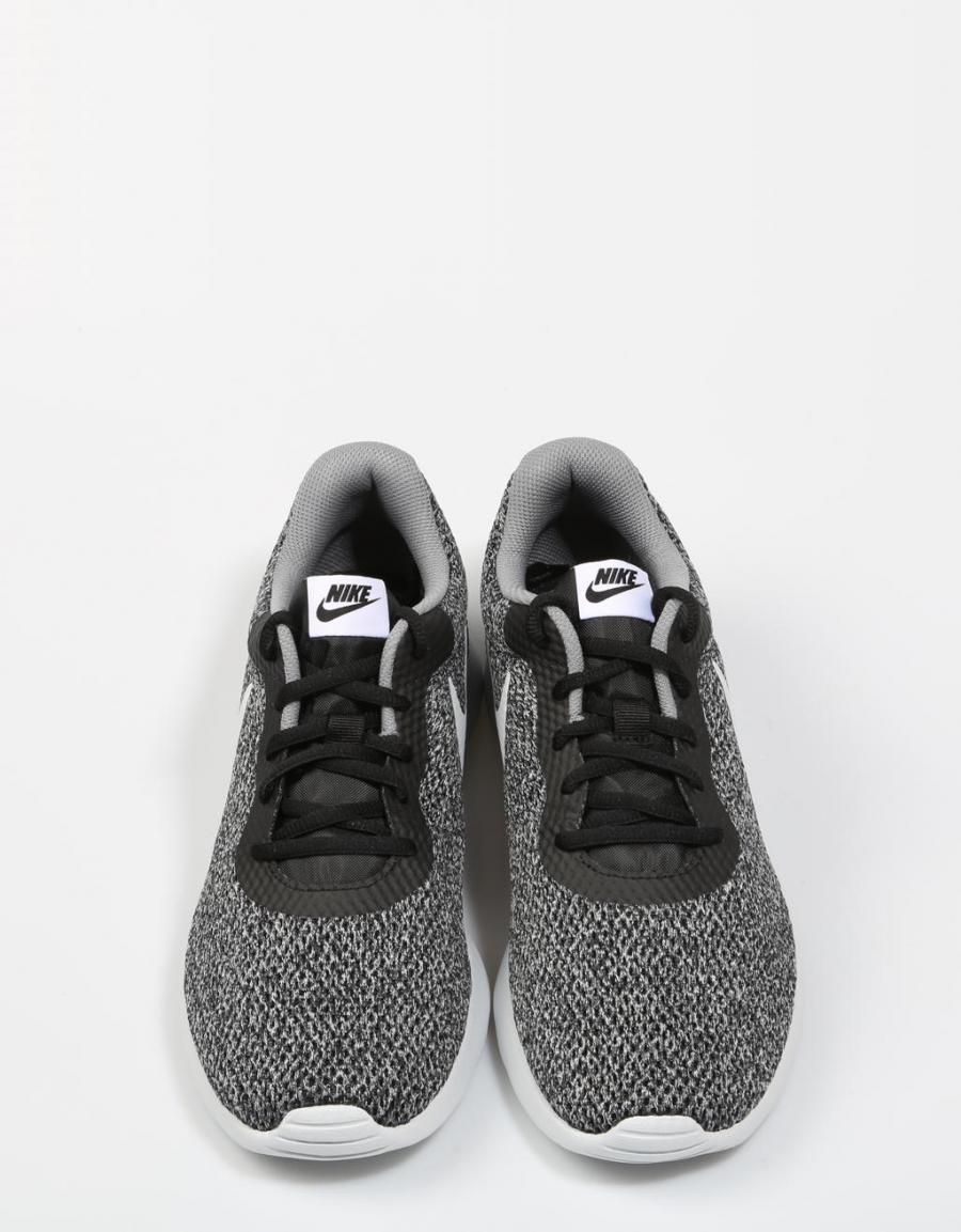 3e86ca8fee3 ... spain nike tanjun se zapatillas negro lona 66067 oferta 0b7cc 483d9