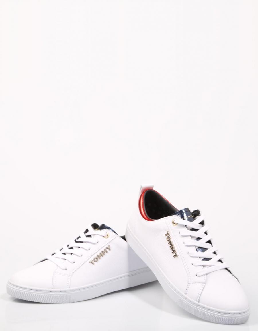 7cb69cbd18c Tommy Hilfiger Tommy City Sneaker