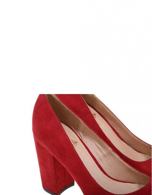 Salones La Strada 960788 en Rojo