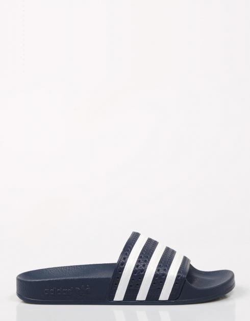 Adilette Sandales Adidas Dans La Marine