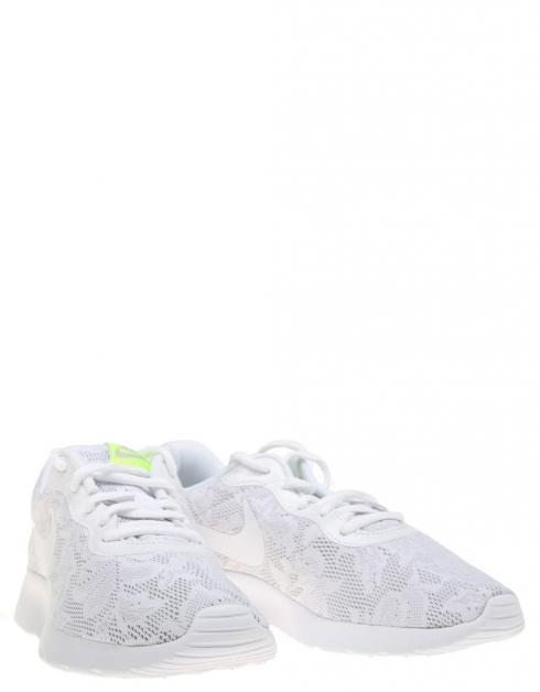 Zapatillas Nike TANJUN en Blanco