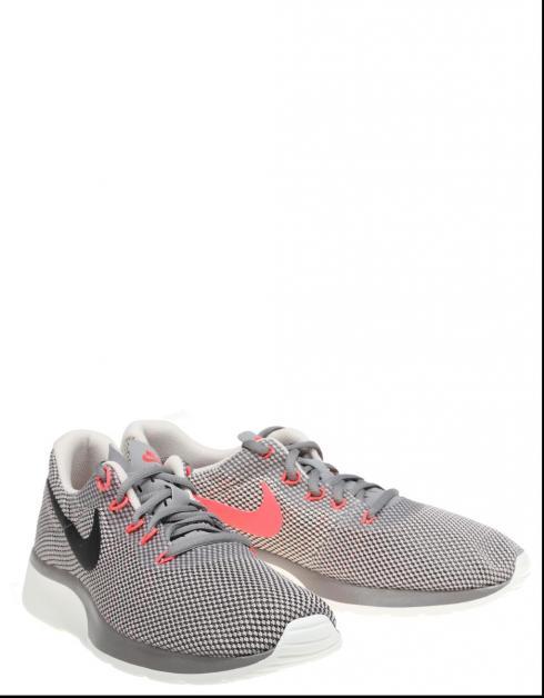 Coureur Nike Tanjun Coloris Taupe vente vraiment livraison gratuite vente 2014 unisexe 7xb40zW
