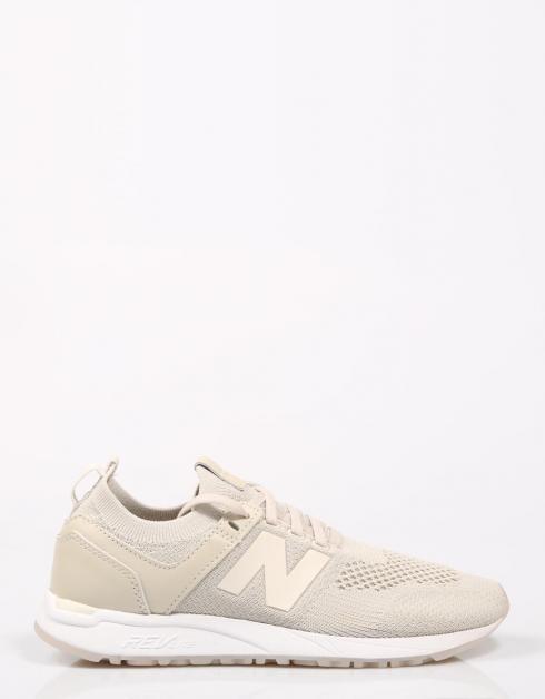 520 Nouvelles Chaussures D'équilibre Ou Beige