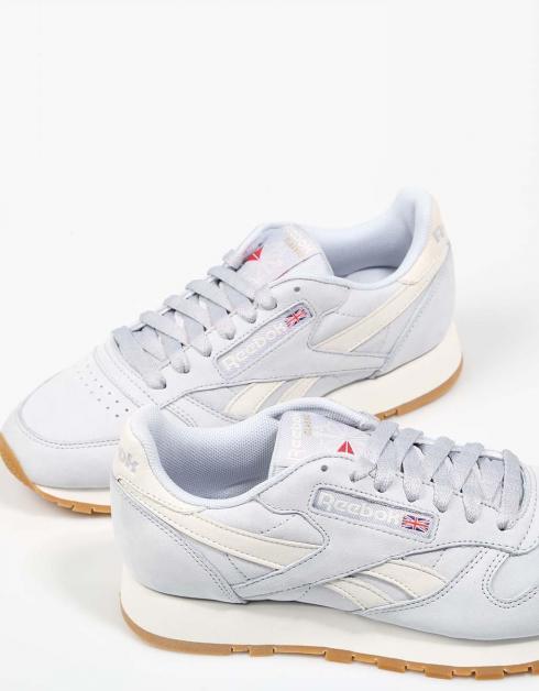 Reebok Chaussures En Cuir Cl Dans La Marine nicekicks discount classique choix pas cher rabais dernière Livraison gratuite fiable 2w1W1AzGz6