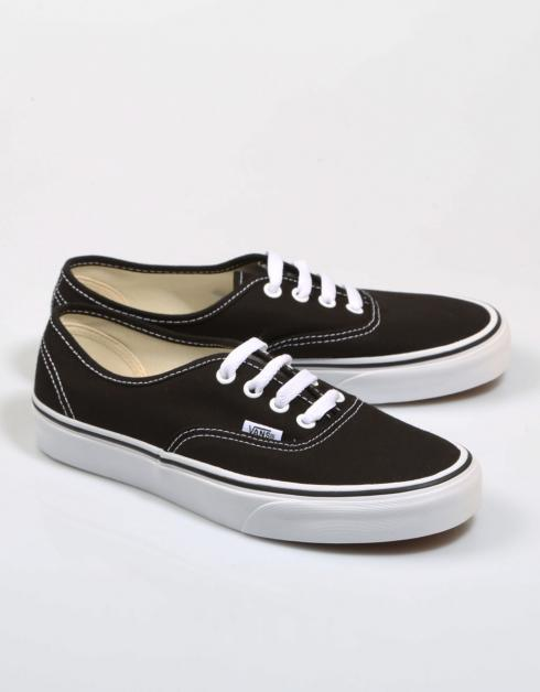 AUTHENTIC VEE3BLK