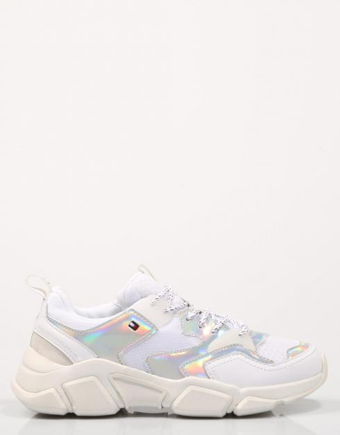 WMNS IRIDESCENT CHUNKY SNEAKER