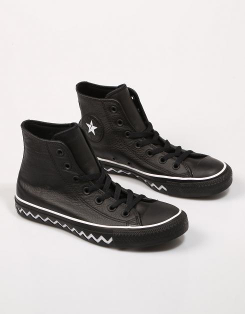 CHUCK TAYLOR ALL STAR MISSION V