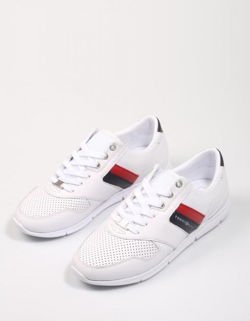 LIGHTWEIGHT LEATHER SNEAKERS